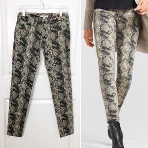 Cabi   NWT Snakeskin Print Super Skinny Jeans 0